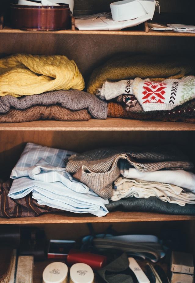 Nakup rabljenih oblačil za odrasle