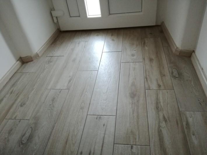 Polaganje ploščic - hodnik