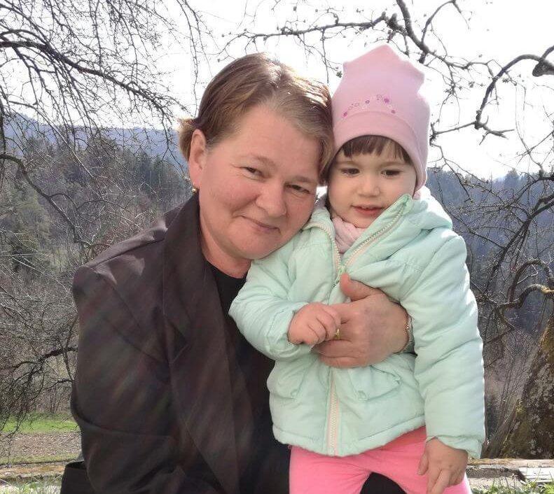 Mami - Materinski dan - Izberi modro