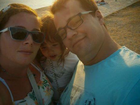 Turanj - Izberi modro družina