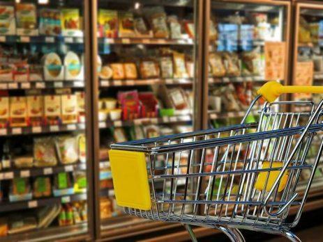 Kupci v trgovinah