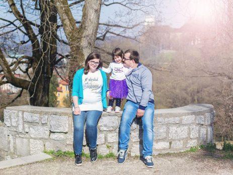 Nuhalna svetlina - Izberi modro družina
