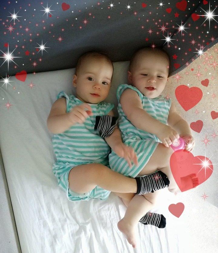 Dvojčici - izberi modro družina