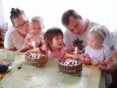 Prvi mesec-malčkov dnevnik-Izberi modro družina