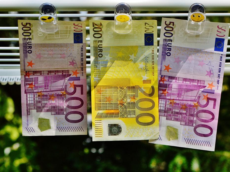 Izplačila socialnih transferjev 2021 - datumi